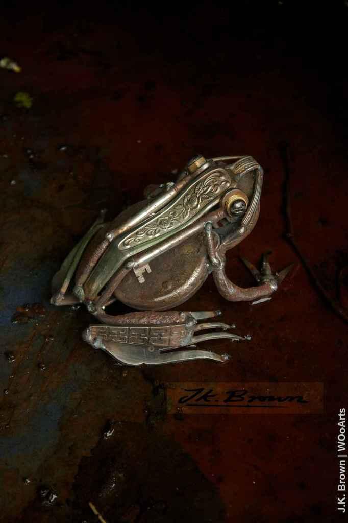 j-k-brown-metal-scrap-sculpture-artist-wooarts-30